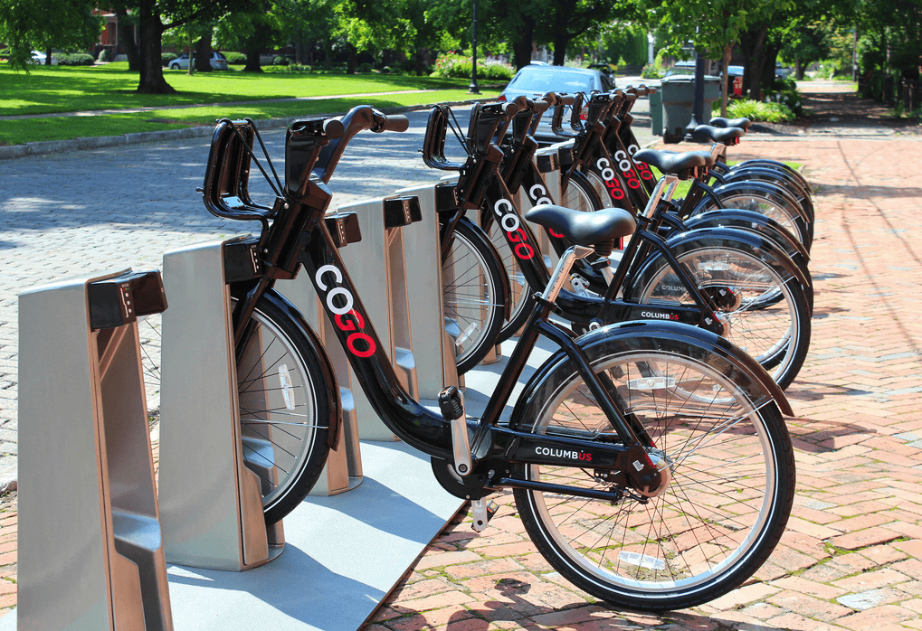 Public Bikesharing in North America: Early Operator and User Understanding (TSRC)