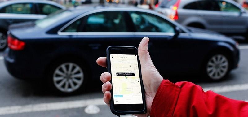 Uber hand app shot 800